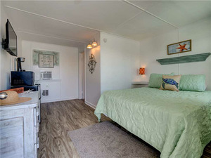 Unit 10 - Loggerhead Inn