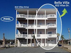 Bella Villa • 812 Villas Dr.