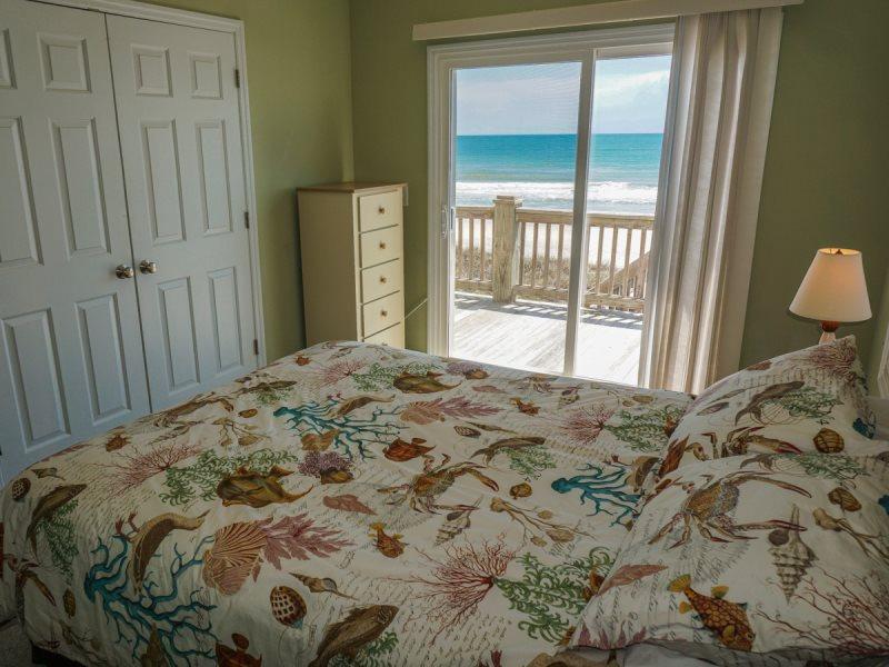 Sandy Bottoms Topsail Beach House Rental Rentabeach Com